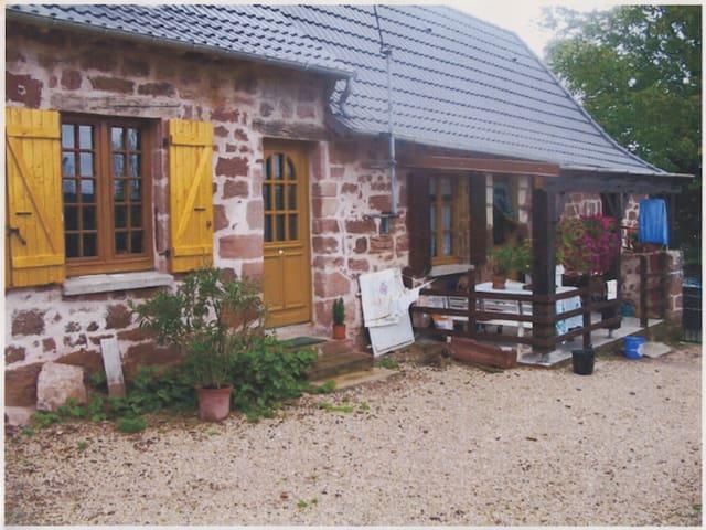 Chambre indépendante dans ferme - Villac - Hus