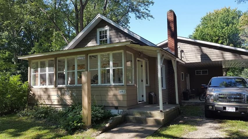 The Hubbard Cottage - Madison - Huis