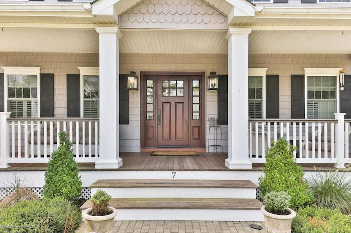 Brand New, Huge, Luxurious Spring Lake Beach House - Spring Lake - Huis