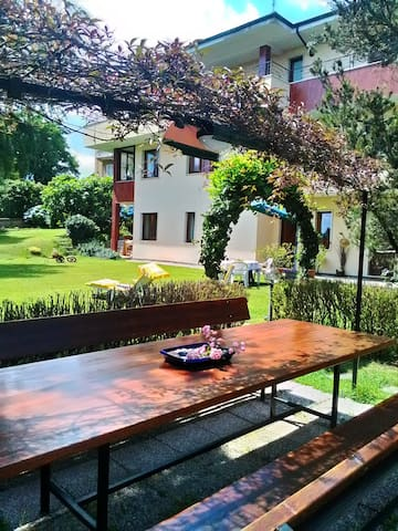 B&B in villa con piscina - Biella - Appartement