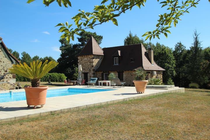 Les Fauchedies : a romantic hideway in Dordogne - Rouffignac-Saint-Cernin-de-Reilhac - Ev