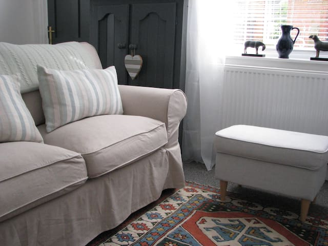 New! Cosy cottage on the edge of the Peak District - Wirksworth - Hus