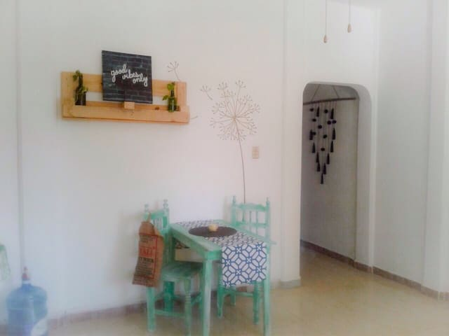 Cozy and fresh apartment, 3 min walk to the beach - Puerto Morelos - Appartement