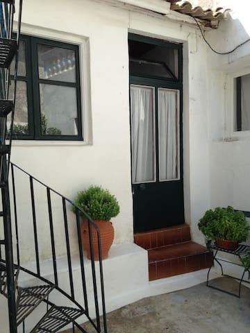 Traditional greek village apartment - Pelekas - Departamento