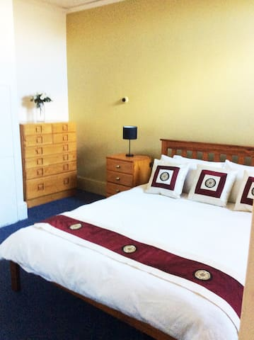 """Airbnb """"IN THE CITY"""" - Hobart - Appartement"""