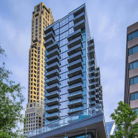Buckhead luxury high rise w/ balcony - Atlanta - Byt