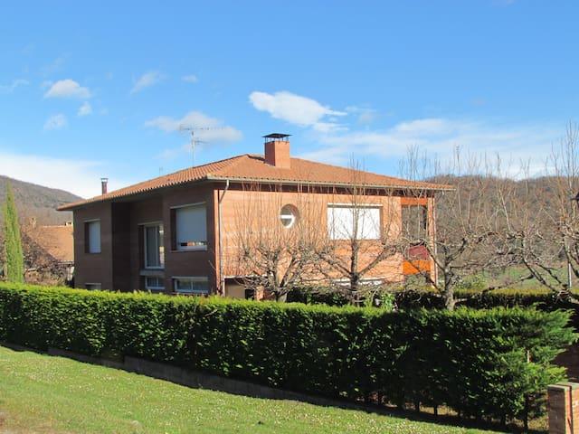 Casa gran  a Sant Privat d'en Bas - Sant Privat d'en Bas - Huis