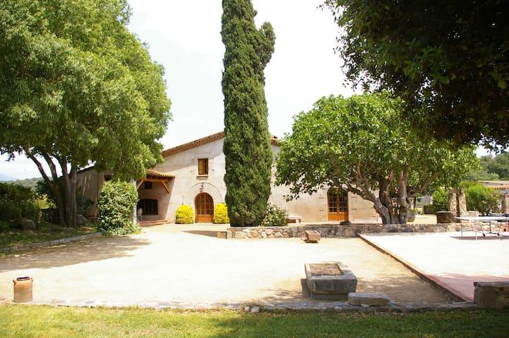 Can Masó Vell, para 17 personas - Sant Antoni de Vilamajor - Casa