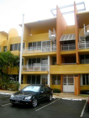 2nd Floor Pool-Facing 3 room Condo - Vega Alta - Villa