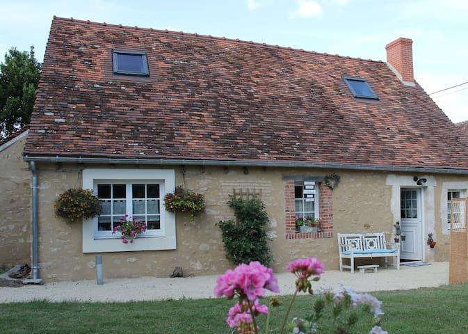 La jolie maison de Lucile - Bouesse - Hus