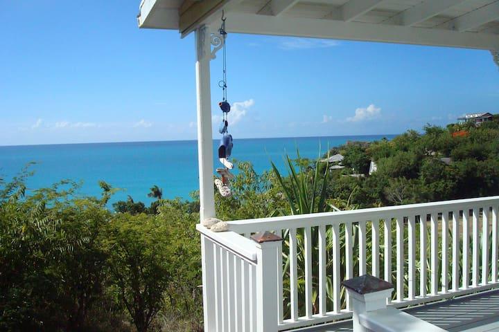 Breeze at Galley Bay Cottages - Five Islands Village - Cabaña