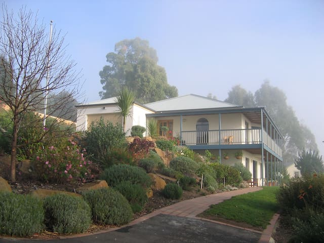 Protea Hill Apartment - Riverside - Bed & Breakfast