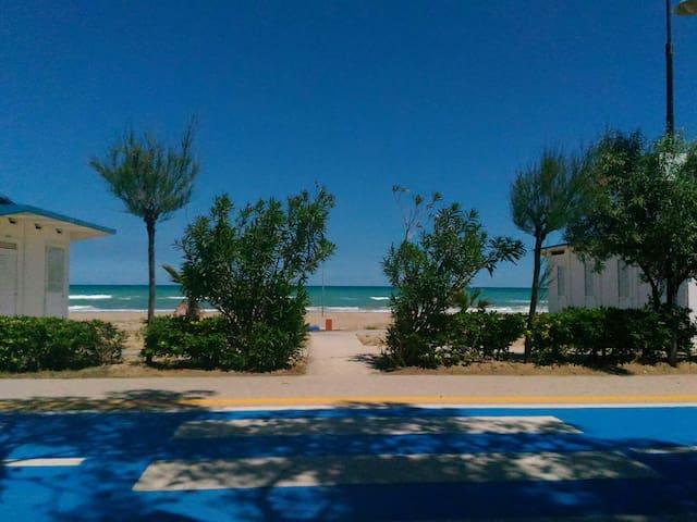 Appartamento (2) a 100mt dal mare - Alba Adriatica - Dom