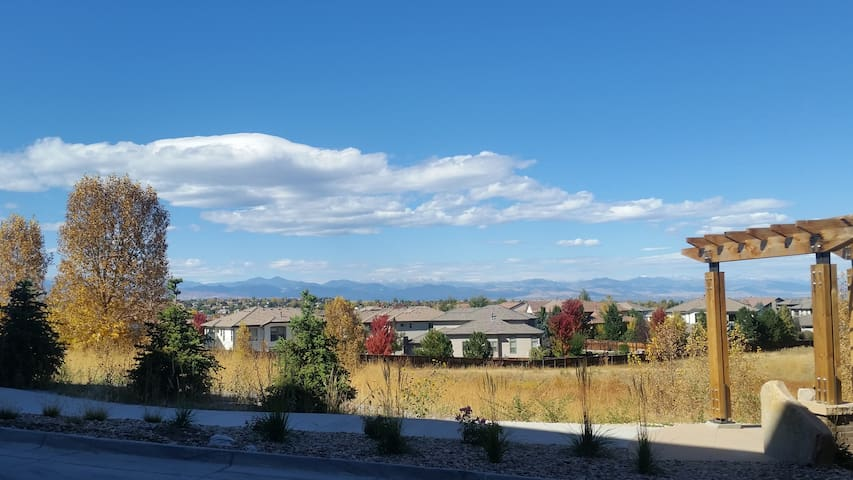 Beautiful studio apartment with mountain view - Lone Tree
