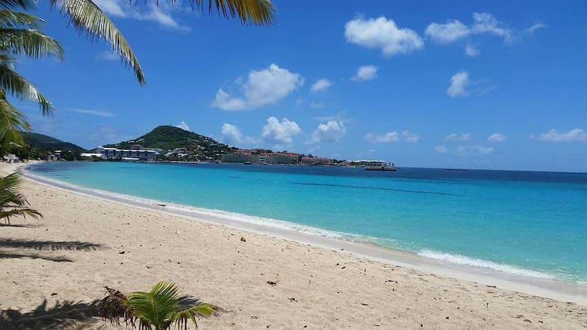 Jenny's place - Beach 20steps, airport 8 minutes! - Simpson Bay - Leilighet