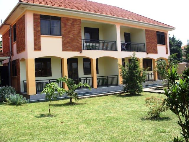 Semi-Detached Furnished Hse Kampala - Kampala