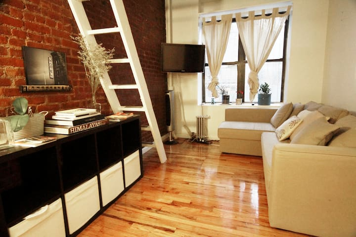 BEAUTIFUL LOFT EAST VILLAGE! - New York - Loft