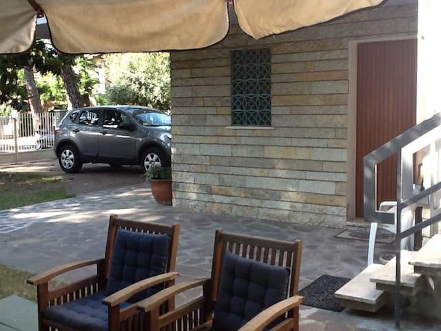 Accogliente camera doppia con bagno - Cervia - Huis