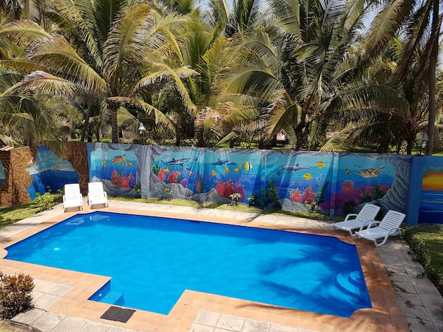 """"""" A Wave From it All 2 """"Ocean Front Oasis Getaway - San Luis Talpa - Dom"""