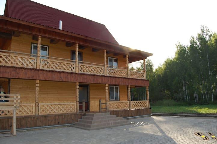 В Доме Охотников недалеко от Минска - Smaliavičy - Hus