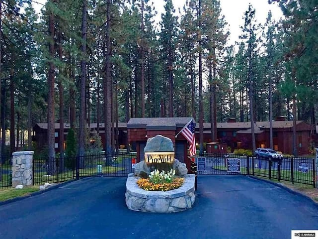 Lake Tahoe Townhome, Gated Complex on Marla Bay! - Zephyr Cove-Round Hill Village