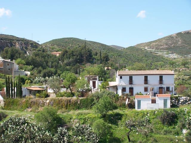 Apartment Rambla - 5 minute walk to village - Lubrín - Квартира