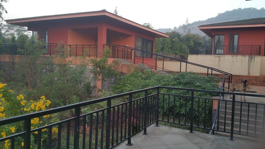 Lal Qila - West Wing - Raigad - Villa