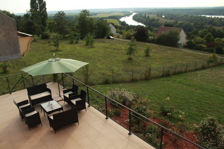Villa DIANEVANE ANNE-ESTELLE - Saint-Martin-la-Garenne - Ev