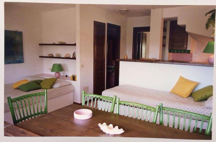 Appartamento 50 mt dal mare - Loiri Porto San Paolo - Daire