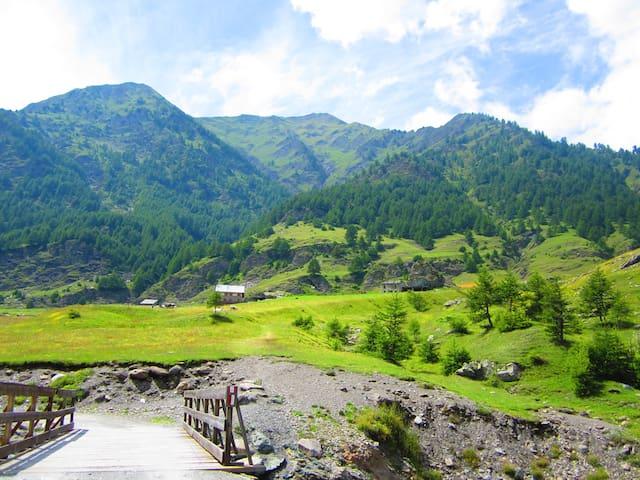 Huis in mooi bergdorpje - Villar Pellice - Dom