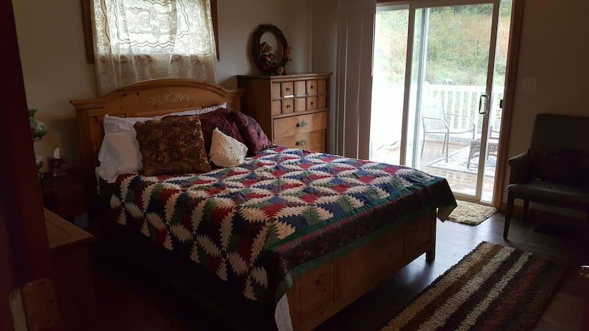 Country Apartment - Morgantown - Rumah Tamu