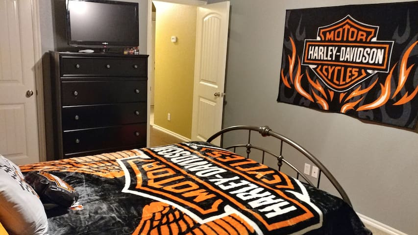 """""""The Harley Room # 1"""" - Collinsville"""