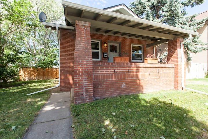Charming bungalow near Wash Park. - Denver - Casa