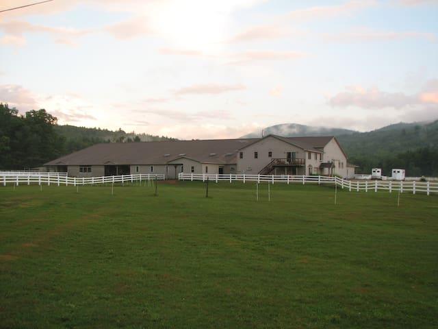 White Mountains-river valley farm - Campton