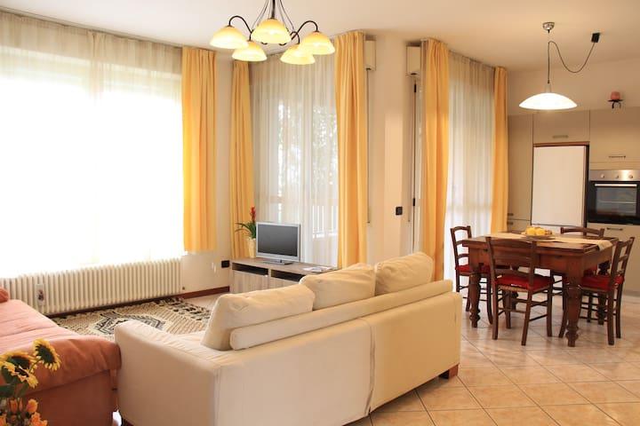 """""""Appartamento Beatrice""""+ colazione - Cesena - Apartemen"""