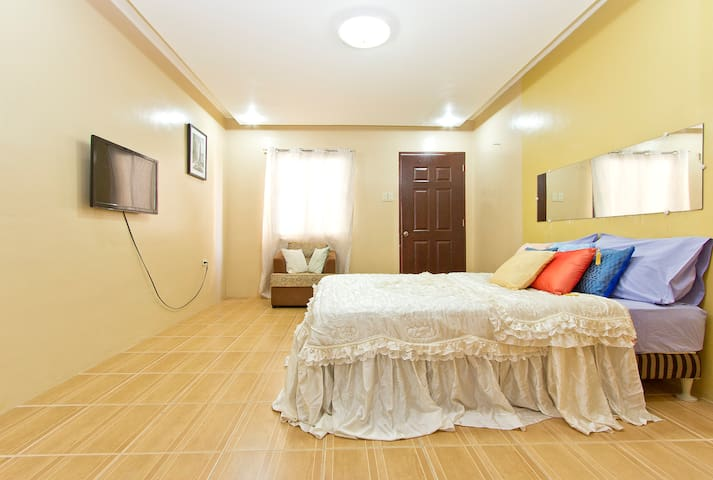 STUDIO READY FOR YOU. SAFE & FUN!!! - Angeles City - Appartement