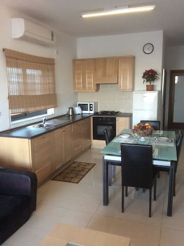 Penthouse with Terrace and Central location - Il-Gżira - Departamento
