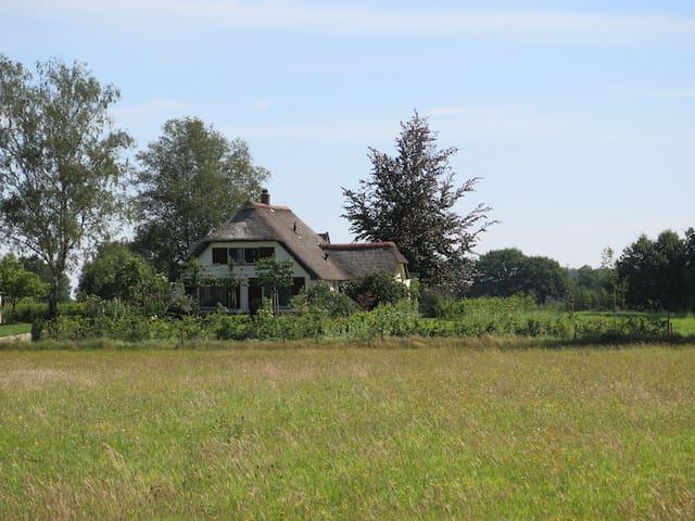 In de IJsselvalei, vlakbij Hanzesteden en Veluwe. - Brummen - Ξυλόσπιτο