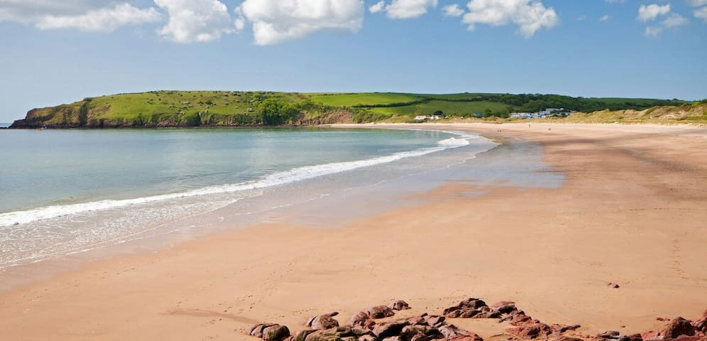 Broadhaven Cottage, Freshwater East, Pembs - Freshwater East - Casa