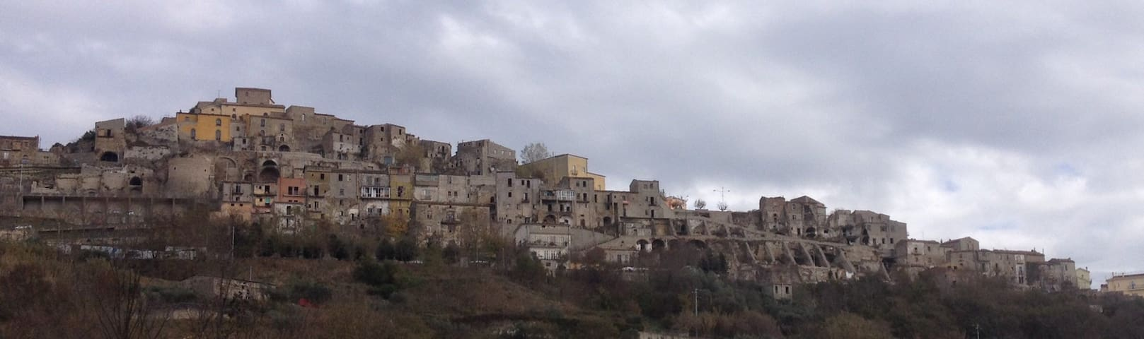 Medieval Village Apartment w/Balcony - Calitri - Apartmen