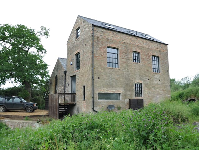 The Pumphouse, Hilgay - riverside property - Norfolk - Hus