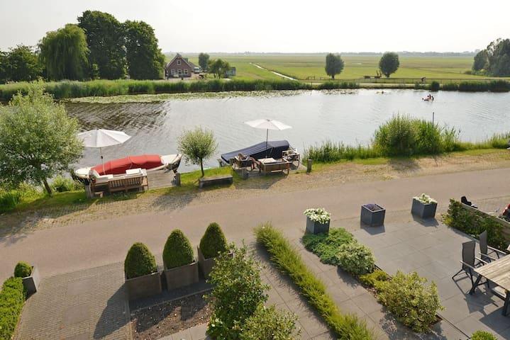 Extraordinary villa near Amsterdam - Ouderkerk aan de Amstel