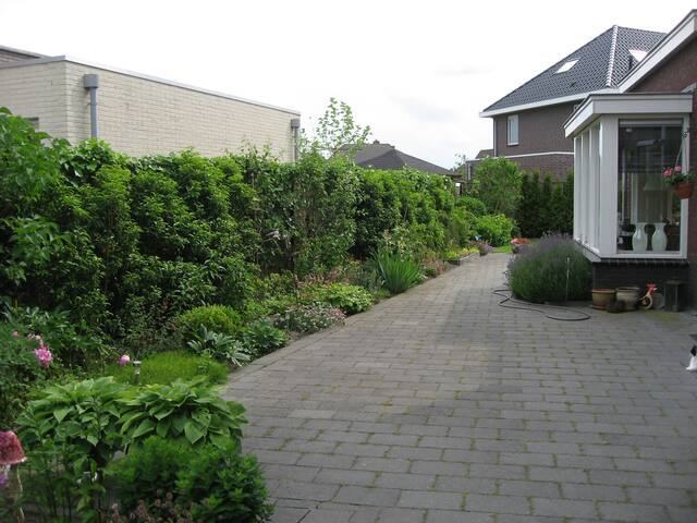 B&B Amber : private bathroom&toilet with kitchen! - Lelystad - Villa