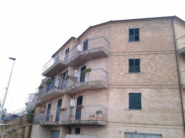 apartment 80 mq - Grottazzolina - 公寓