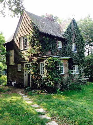 Country Cottage - Plumpton