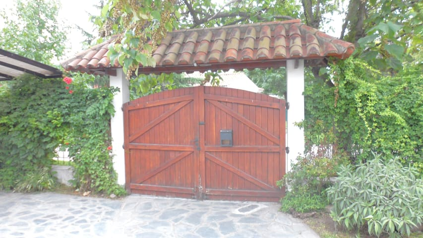 Casa totalmente equipada 2 ambiente - Ezeiza