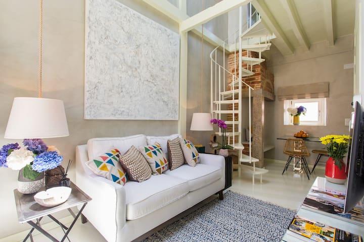 Chiado Loft 14 Bica Street Apartment - Lisboa - Lägenhet