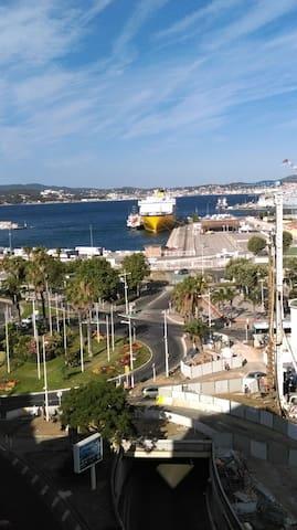 Très belle vue sur le port - Toulon - Wohnung