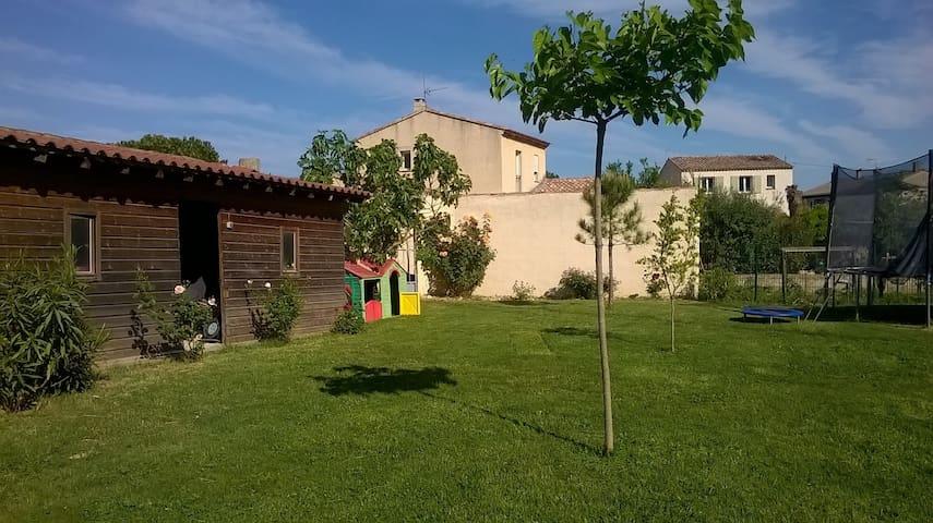 Chambre(s) au coeur de la Provence - Alleins - Huis