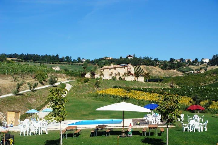 Agri Bio La Casa degli Gnomi 4 - Ortezzano - Apartamento